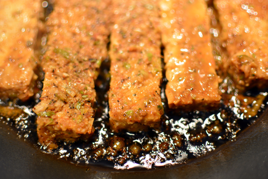Henry's Jerk Tempeh Recipe - great for a sandwich, wrap or on beans and rice! Tempeh recipe vegan vegetarian